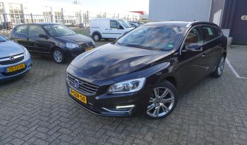 Volvo V60 2.4 D6 Plug-in Hybrid Summum Full option!