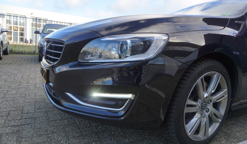Volvo V60 2.4 D6 Plug-in Hybrid Summum Full option! vol