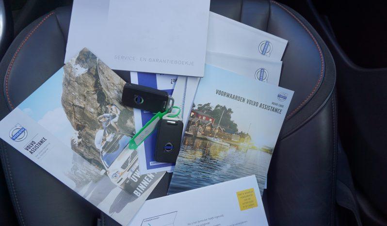 Volvo XC60 2.0 T5 FWD Ocean Race Panoramadak, Navi, Leder vol