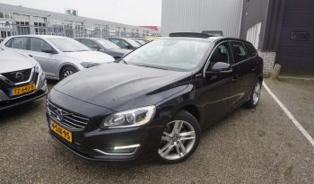 Volvo V60 2.4 D6 AWD Plug-In Hybrid Summum Vol Optie!