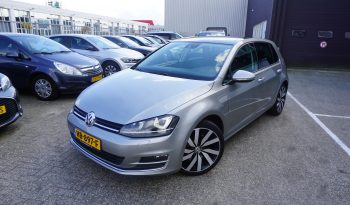Volkswagen Golf 1.4 TSI Highline, Massage stoel, Panorama, Parkassist.
