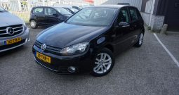 Volkswagen Golf6 1.2 TSI Highline Bluemotion, Alcantara, Navigatie