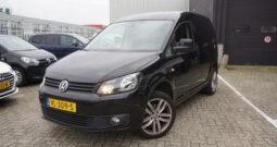 Volkswagen Caddy 1.6 TDI Cruise control, Navigatie, Parkeersensor, Trekhaak