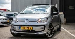 Volkswagen Up! 1.0 Groove up! 5deurs| Panoramadak| Navi| Stoelverwarming